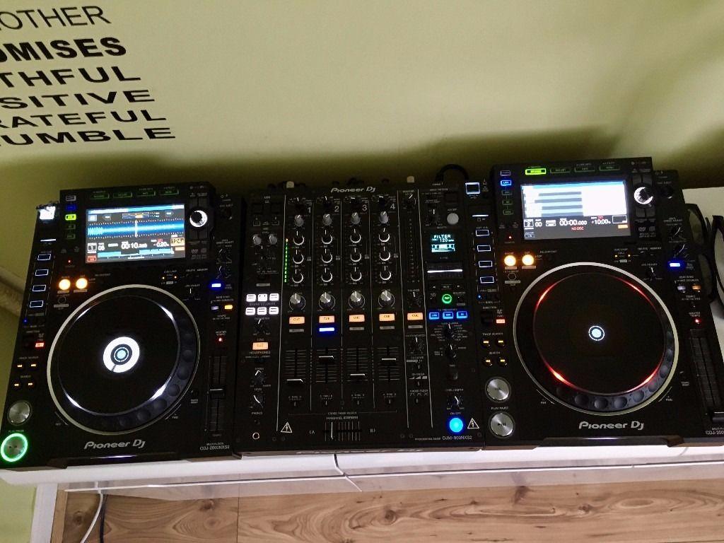 2x pioneer cdj-2000mk3 & 1x djm-2000 mixer