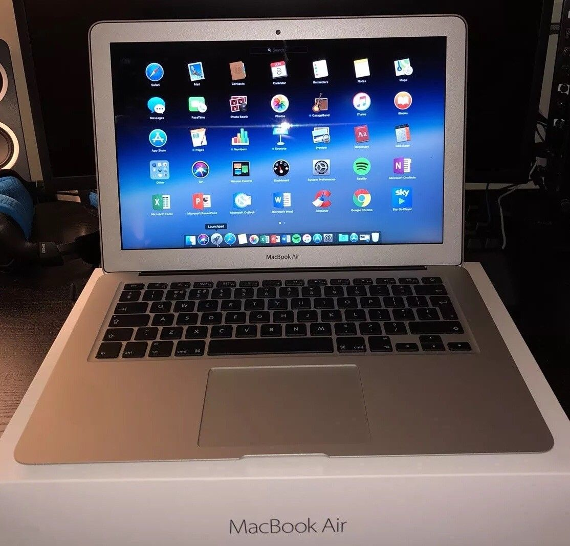 MacBook Available stock  MacBook Air (2017)
