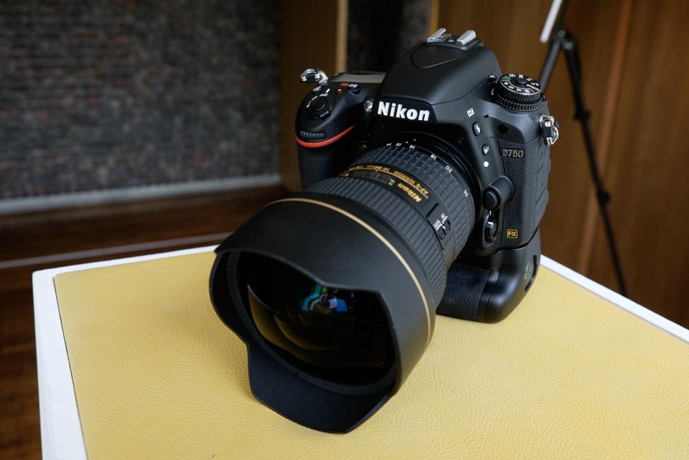 SELLING : Canon EOS 5D Mark IV, Canon EOS-1D