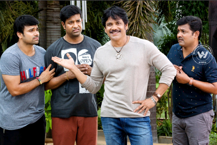 /media/k2/galleries/63725/Raju-Gari-Gadhi-2-01