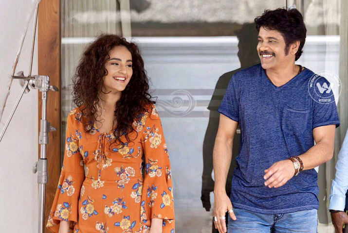 /media/k2/galleries/63725/Raju-Gari-Gadhi-2-05