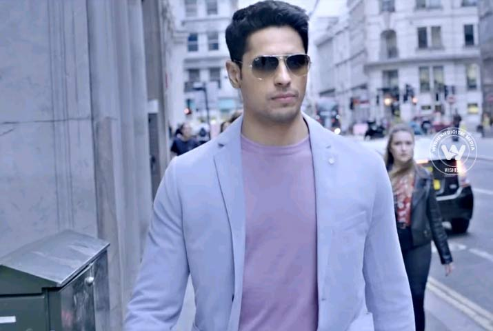 /media/k2/galleries/64673/Aiyaary-08