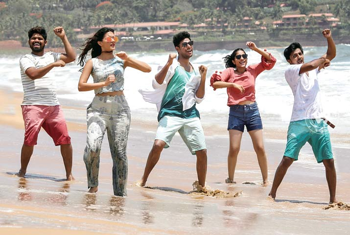 /media/k2/galleries/64729/Manasuku-Nachindi-05