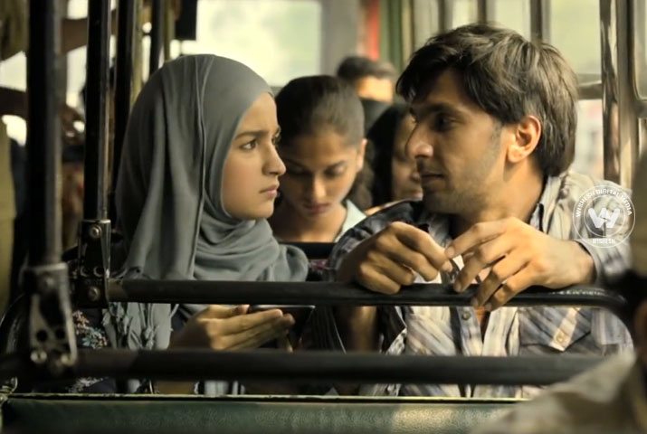 /media/k2/galleries/69999/Gully-Boy-01