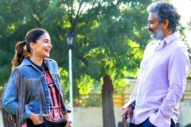 Alia Bhatt Receives A Warm Welcome On The Sets Of RRR