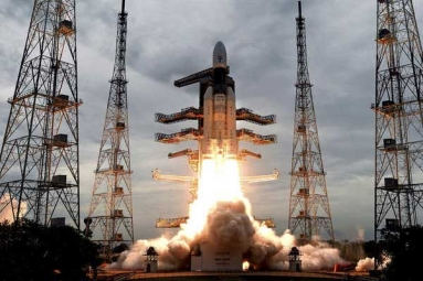 Australians Thought Chandrayaan-2 Was an Unidentified Flying Object When It Flew over Their Country
