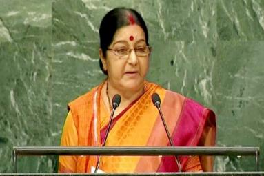 Befitting reply by Sushma Swaraj to Pakistan!