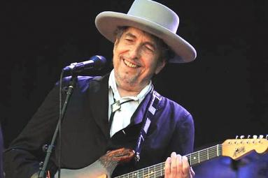 Bob Dylan bagged the 2016 Nobel Prize for Literature !!