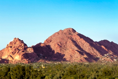 Hiker fell 100 feet down at Camelback Mountain
