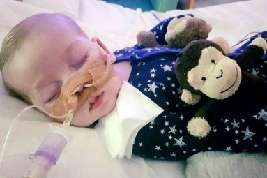 Pope, Trump among those offering help for sick baby, Charlie Gard