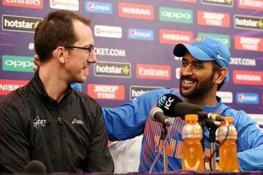 'You want me to retire?', asks Dhoni
