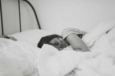 6 Dangerous Side Effects of Oversleeping