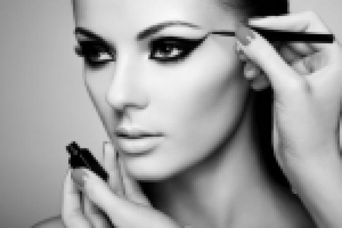 Eye make-up tricks to rock any party!