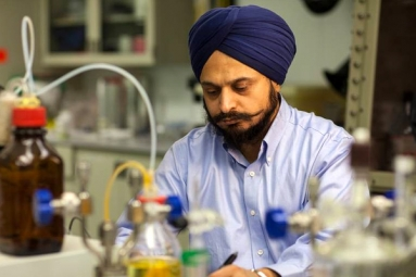Meet Indian Origin Gurtej Sandhu, the Biggest Indian Inventor Alive