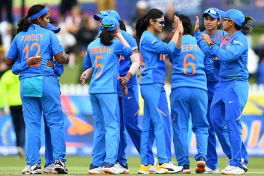 India Beat New Zealand to enter the Women's T20 Semi-finals
