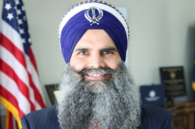 Indian American Gurinder Sikh Khalsa Announces Entry into Politics