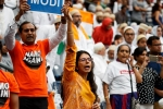 howdy modi photos, howdy modi photos, in pictures narendra modi indian americans at howdy modi, Indian americans