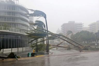 Irma Moving Towards Tampa after Florida