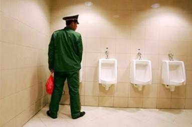 Indian-origin restaurant owner under toilet-bill controversy