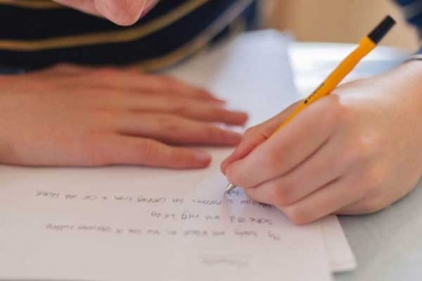 International Left-Handers Day: 10 Surprising Facts About Lefties