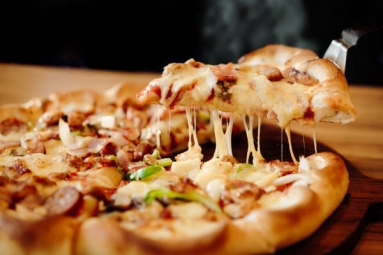 Love Pizza? This Simple Math Can Get You More Bite for the Buck