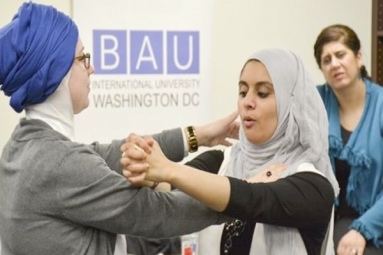 Muslim women in US turn to self-defence to combat 'hijab grab'