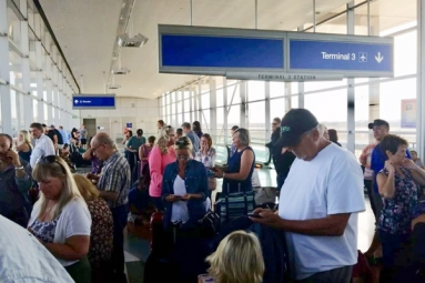 Parts Phoenix Airport Reopens After Police Activity, 30 Flights Canceled