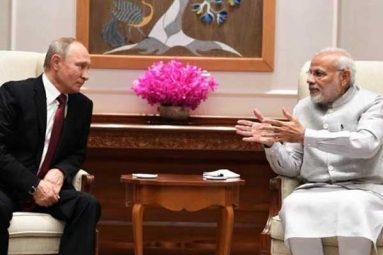 Putin Arrives in India for Summit with PM Modi