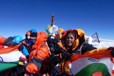 Sangeetha Bahl, 53, Oldest Indian Woman to Scale Mount Everest