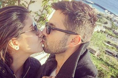 Shahid Gives a Memorable Gift to Mira Rapjput
