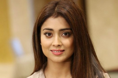 Shriya Saran locked for Venky Mama