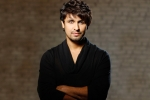 sonu nigam in hospital, Sonu nigam, sonu nigam in icu due to severe seafood allergy know causes symptoms, Healthy life