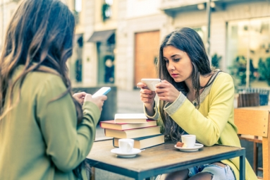 Students Rather Go Without Food Than Without Their Phones: Study