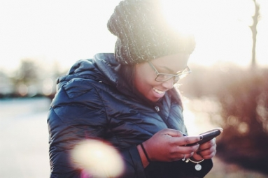 Text Neck Syndrome: How Steady Texting Can Adversely Affect Your Neck and Spine