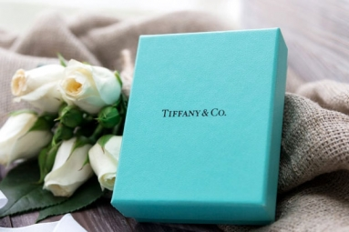 Tiffany Partners with Asia's Richest Man to Enter Indian Market