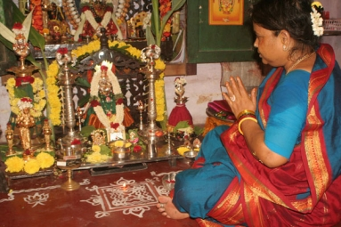 How to Perform Varalakshmi Puja? Varalakshmi Vratham Significance