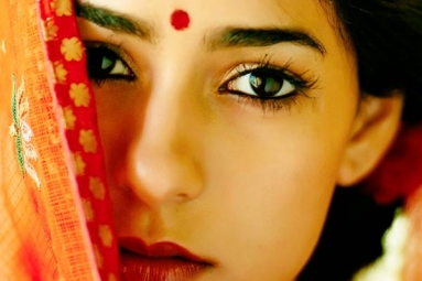 Reasons Why Wearing a Bindi Is Good for Health