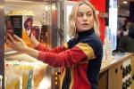 captain marvel dc, Captain Marvel Star Brie Larson, captain marvel star brie larson surprises her fans in amc theaters by serving popcorn, Captain marvel