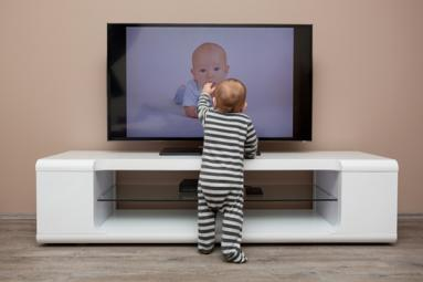 Is it good for toddler to watch TV?