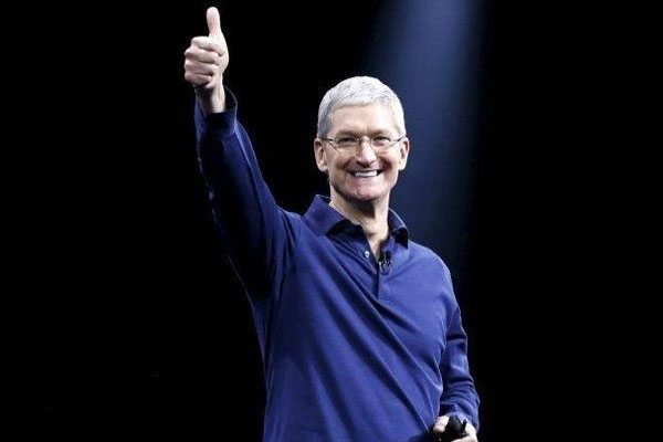 Apple CEO Tim Cook Changes His Twitter Name After Trump Mistakenly Calls Him 'Tim Apple'