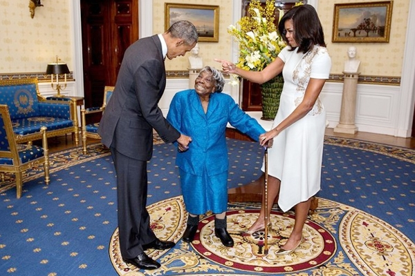 106-year-old Virginia McLaurin dances with Barack Obama},{106-year-old Virginia McLaurin dances with Barack Obama