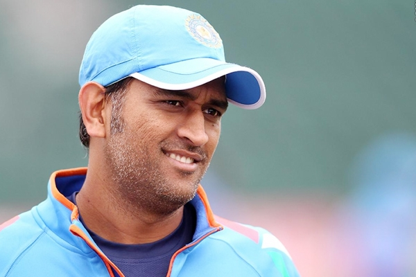 Dhoni becomes first visiting captain to clean-sweep Australia},{Dhoni becomes first visiting captain to clean-sweep Australia