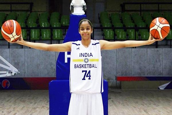 Indian Girl Signs For NAU Women's Basketball Team