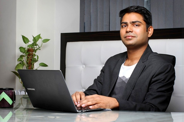Rahul Yadav Makes his mark by allotting his shares to staff},{Rahul Yadav Makes his mark by allotting his shares to staff