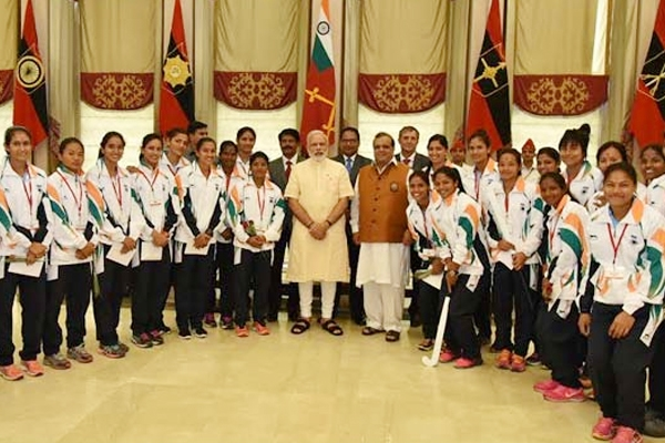 Modi meets Rio Olympics-bound athletes!