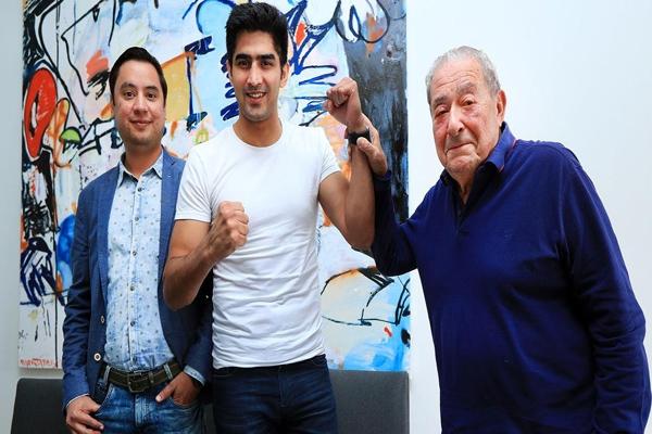 Vijender Singh to make U.S. Boxing Debut After Signing up with Bob Arum