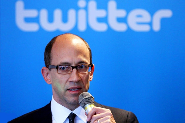 Twitter CEO Dick Costolo  steps down and Jack Dorsey may take charge},{Twitter CEO Dick Costolo  steps down and Jack Dorsey may take charge