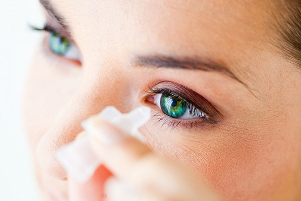 Common eyes problems and solutions},{Common eyes problems and solutions